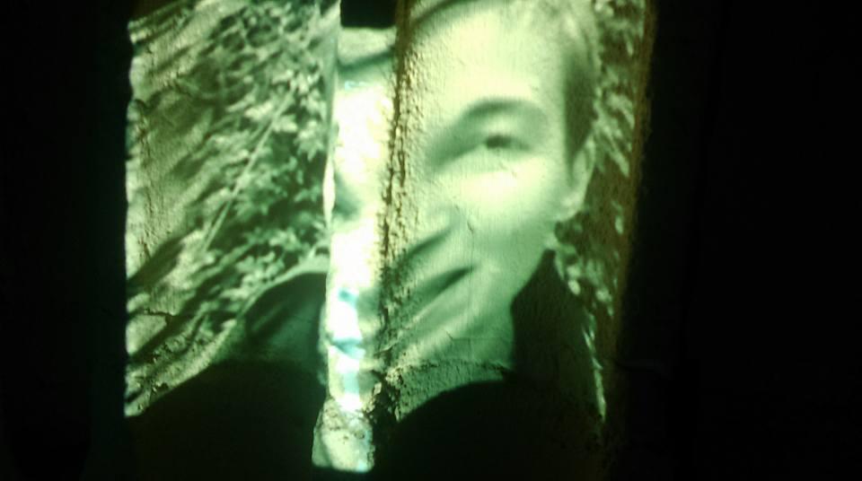 《Avec Louis》视频截图1