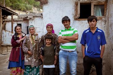 Meet+the+Tajiks_09.jpg