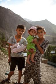 Meet+the+Tajiks_02.jpg