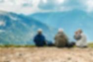 L'ostéopathie est une thérapie de choix pour les aînés en raison de son approche douce et délicate. Les ostéopathes de CORPS en main sont spécialisés avec la clientèle âgée.