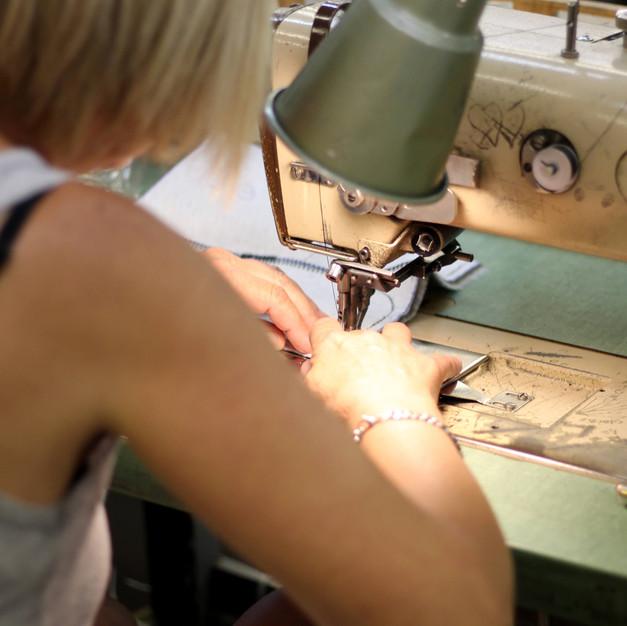 Martino Footwear : la minutie des couturières attentionnées