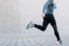 CORPS en main offre des soins ostéopathiques parfaitement adaptés au corps des sportifs et des gens actifs.