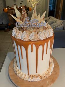 Vanilla & Caramel sponge with hand-made marbled white choc/caramel shardscelebration cake