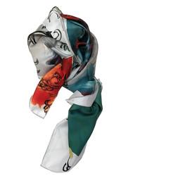 'Queen'_scarf_noueé