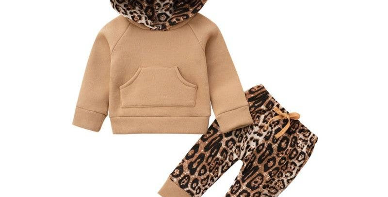 2 Piece Hooded Top with Leopard Pants