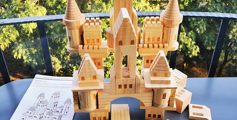 75pcs Wooden Castle Building Blocks Kit