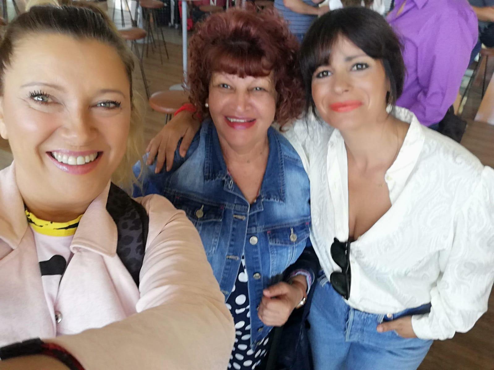 Caty, Mercedes y María