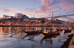 Port Wine barges, Porto at dusk