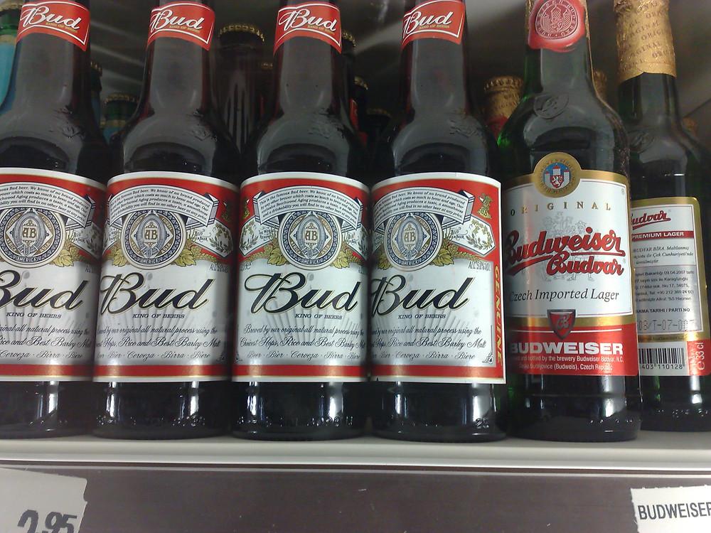 Budweiser Budvar ir Bud