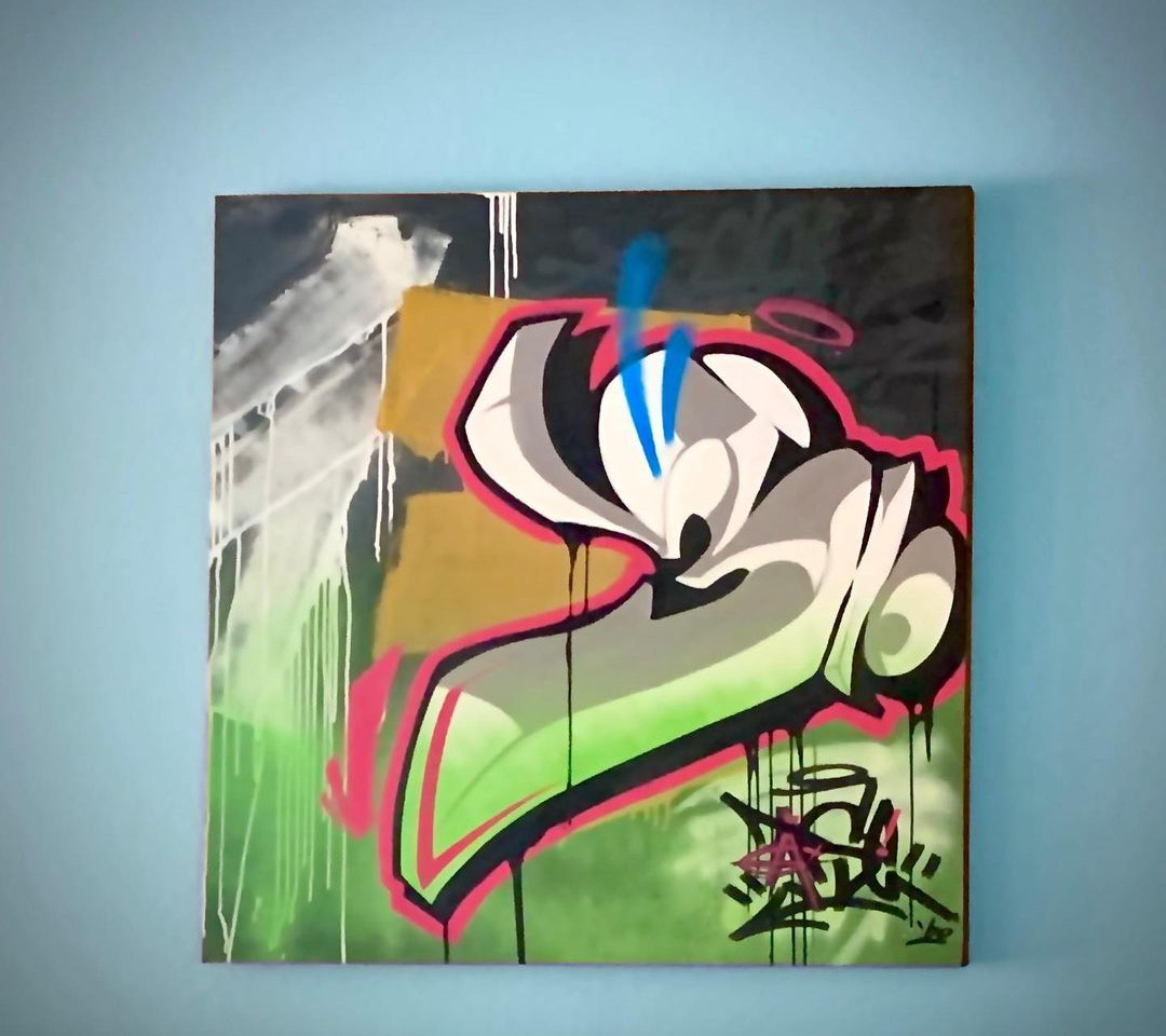 Square shaped graffiti canvas in the abstract style, focusing on color contrast and 3D shapes.