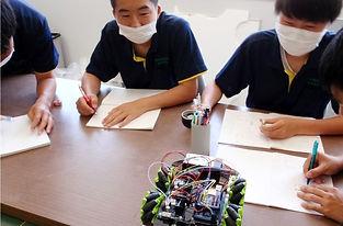 写真3 ロボット製作.JPG