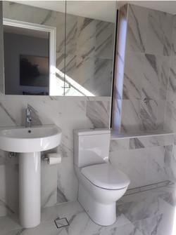 IMG_1871_bathroom