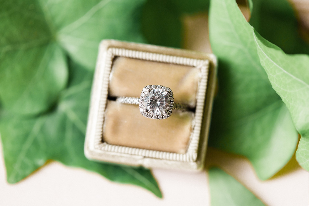 Chicago green wedding planners conflict free diamonds