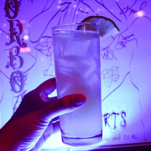 aliveOne-drinks-4.jpg