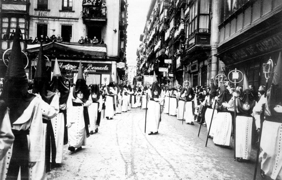En procesión