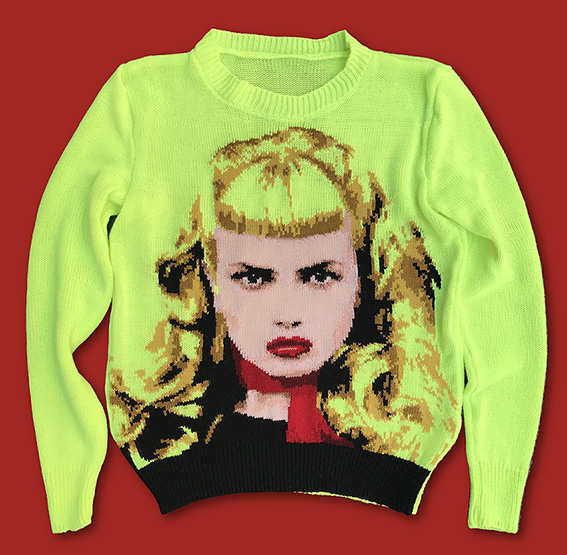 Wanda-Traci Lords-sweater