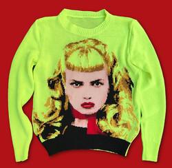 Wanda-Traci Lords-sweater