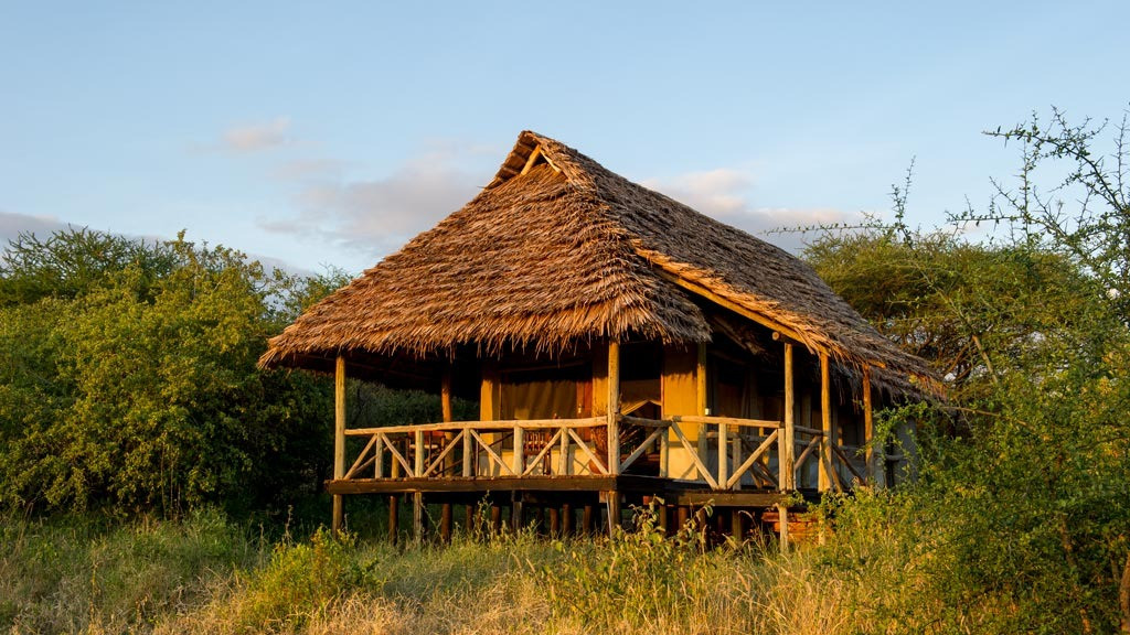 Burunge Tented Lodge Outside View