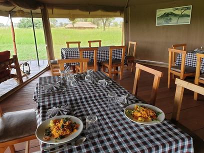 Zawadi Camp Dining