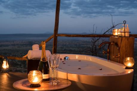 Lemala Mpingo Ridge Bathub