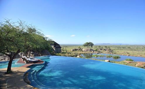 Four Season Serengeti Swimming Pool