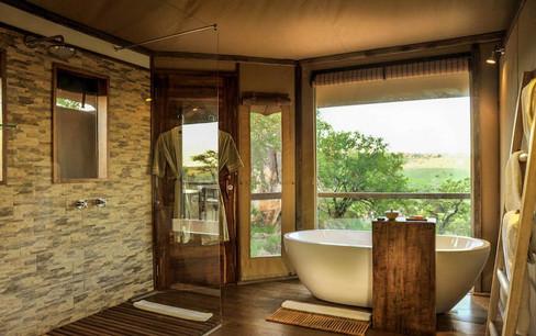 Lemala Kuria Hills Lodge Bathtub