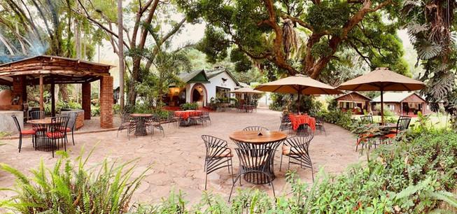Mount Meru Game Lodge Outside Dining