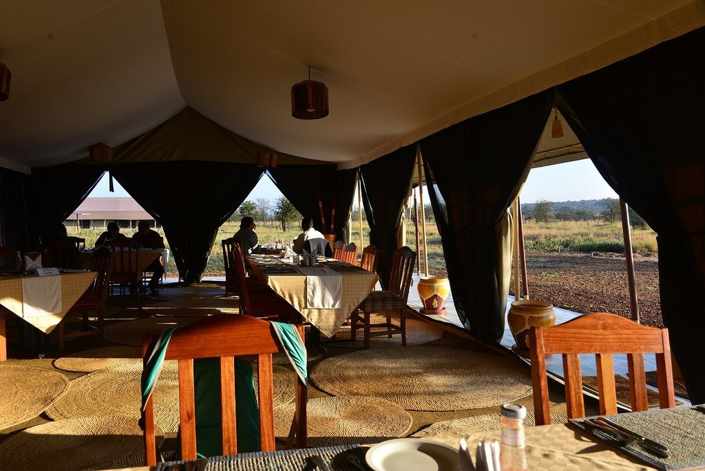 Serengeti Tortilis Camp Dining Area