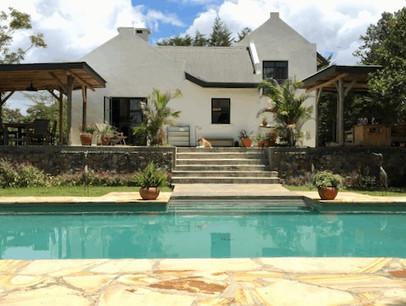 Arusha Villa Swimming Pool