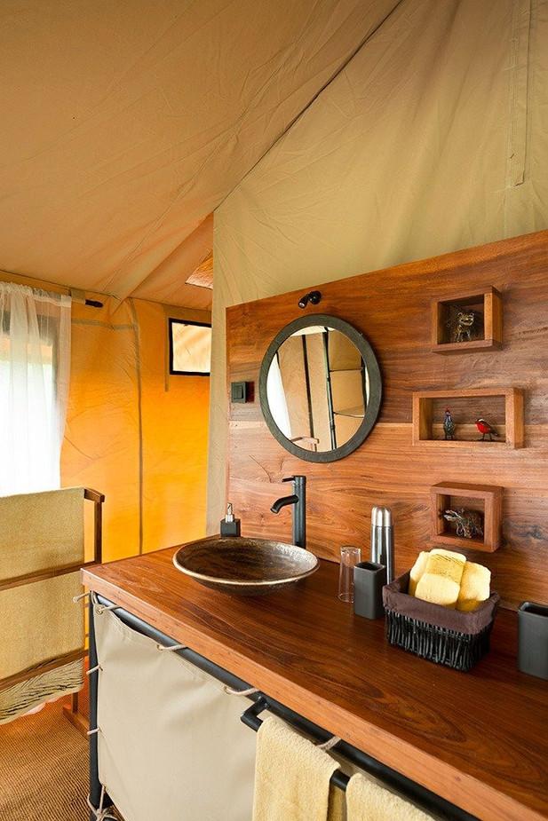 Kiota Camp Bathroom