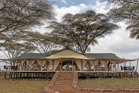 Ole Serai Luxury Camp - Turner Springs - Main Tent