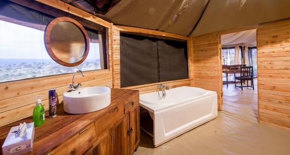 Acacia Tarangire Luxury Camp - Bathroom