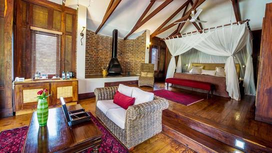 Arusha Coffee Lodge Plantation Suite Interior