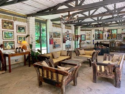 Mount Meru Game Lodge Lounge