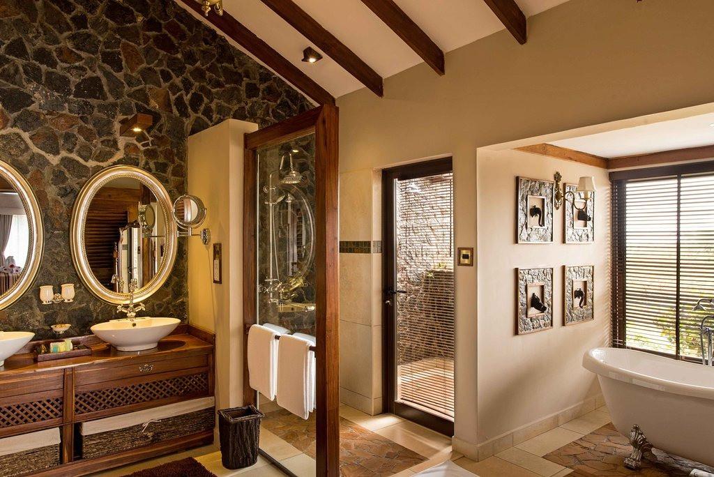 Ngorongoro Oldeani Mountain Lodge Bathroom