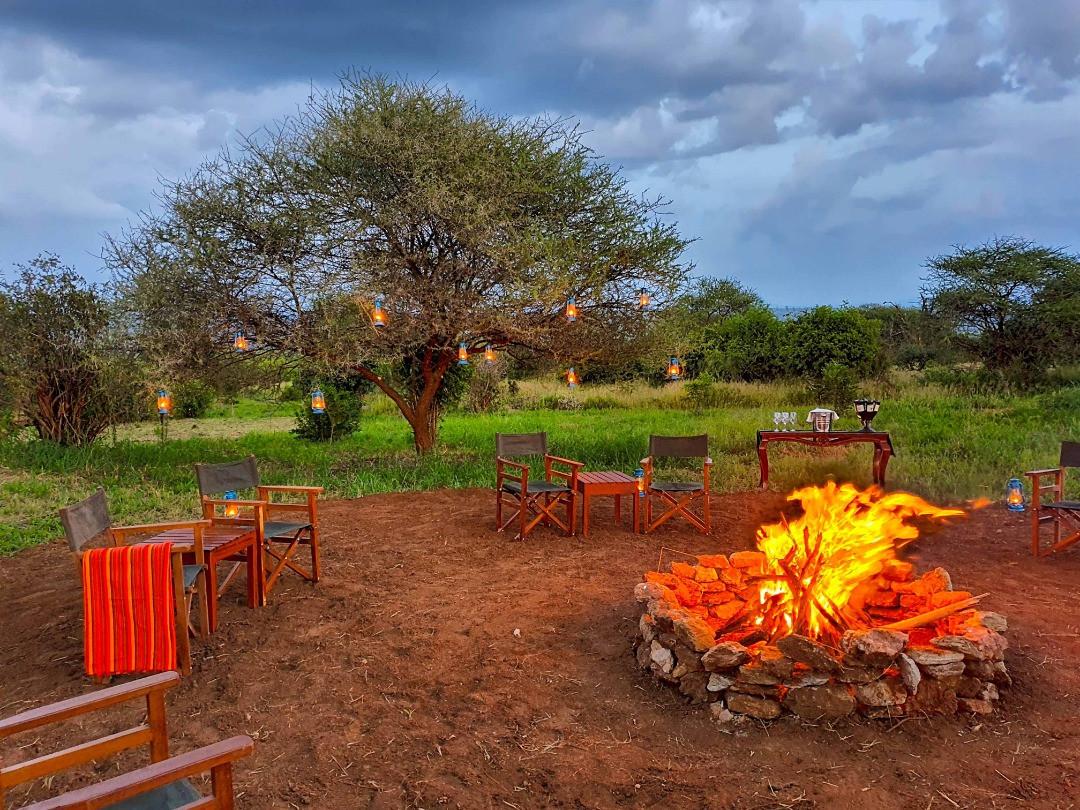 Tarangire Kuro Treetops Lodge Fireplace