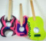 Holz-Gitarren