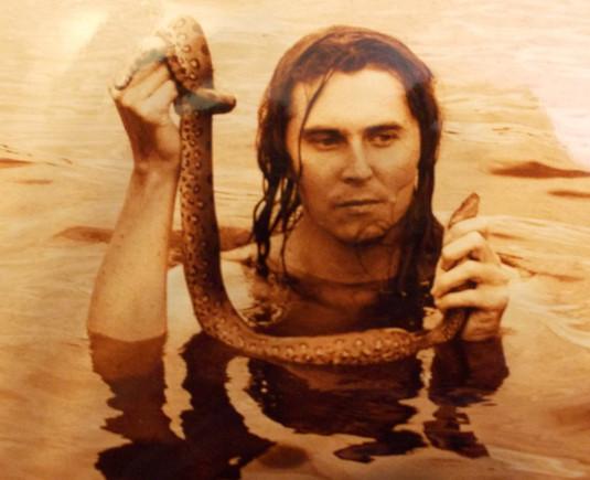 Petr miluje hady, foto z období studií šamanismu