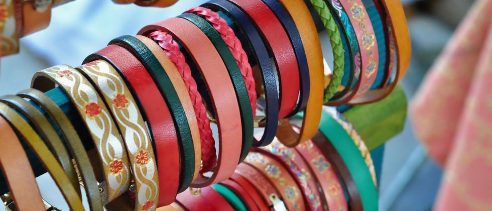 bracelets-3604267.jpg
