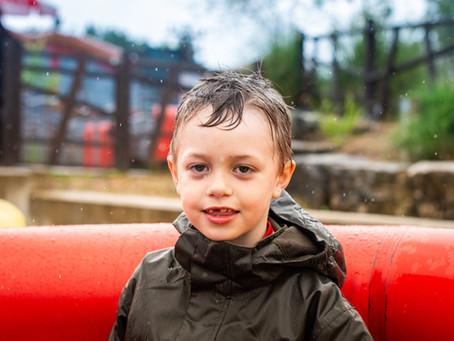 Ni raros ni extraordinarios: Humanizar a la infancia y juventud con Trastornos de Asperger.