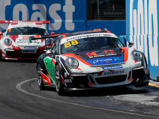 FAST-FINISHING DAVIES COMPLETES PODIUM HAT-TRICK AT HOME