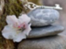 stones-3364325_1920 a.jpg
