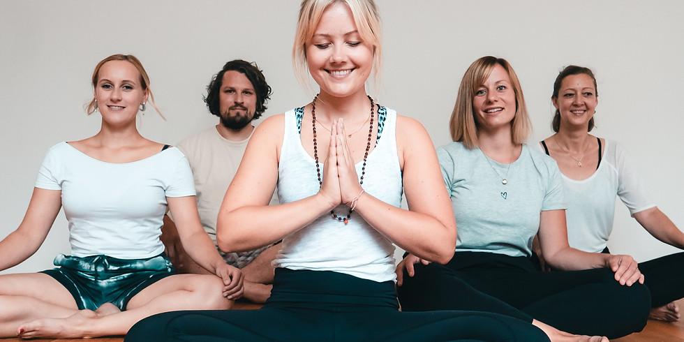 Vinyasa Yogalehrer Ausbildung 2021- in Präsenz!