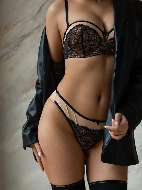 Stefany Balconette