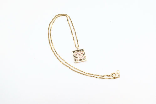 Chanel Coco Mark Pink Crystal Necklace in Gold Tone Hardware