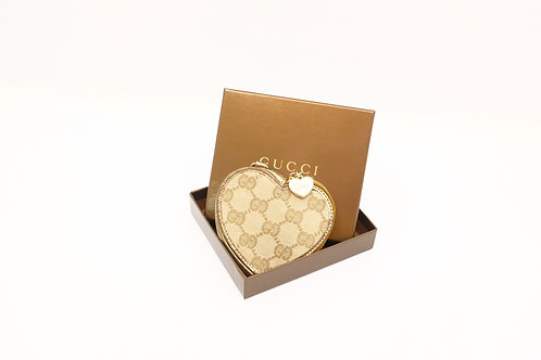 Buy preloved Gucci Heart Coin Case Bag Charm