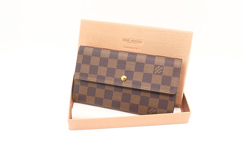 Louis Vuitton International Wallet DE