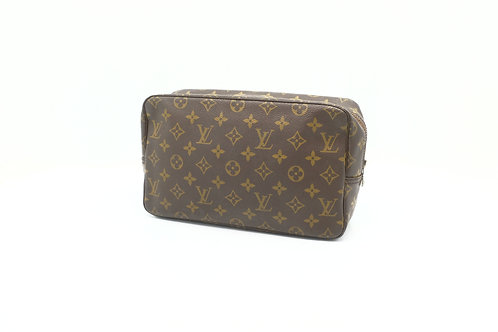 Buy preloved Louis Vuitton Trousse 28