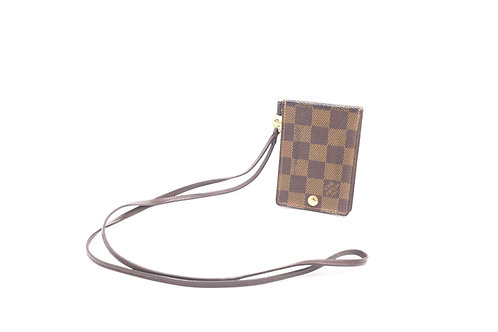 Buy pre owned Louis Vuitton Damier pass case