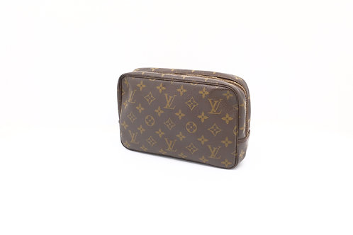Buy beautiful pre owned LV trousse 23